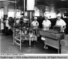 Bottling French Dressing at Quaker Maid