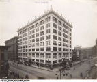 The new Block's store at Illinois and Market Streets designed by Vonnegut and Bohn architects, 1911.