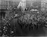 G.A.R. parade, Monument Circle street scene, 1921 (Bass #75944-F)