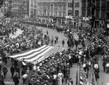 G.A.R. parade, Monument Circle street scene, 1921 (Bass #75949-F)